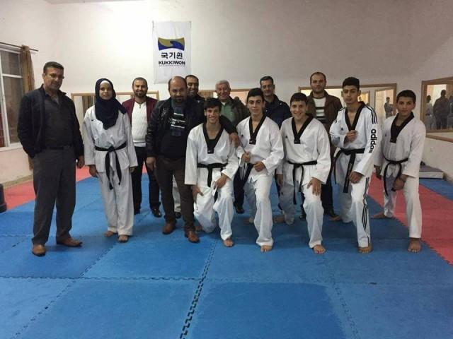 تكريم فريق التايكواندو الحاصلين على الميداليات في بطولة فلسطين الدولية